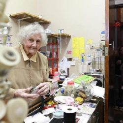 Cash mob descends on tiny Manly haberdashery